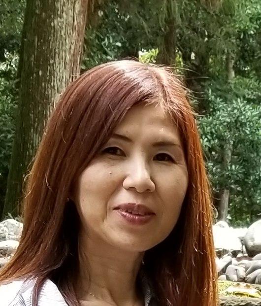 荒井 姿珠惠 Shizue Arai